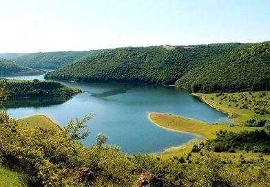 В Україні є своя пустеля, вулкан і каньйон.